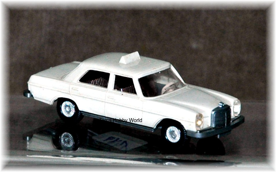Wiking 149 Mercedes 200/8 Taxi